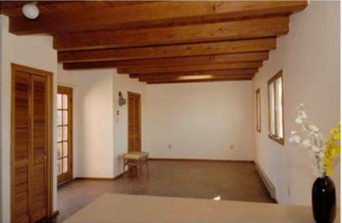 santa_fe_condo_with_beamed_ceiling_lrger500